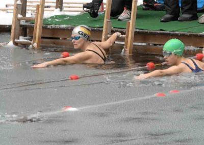 ice-swimming-event-competition